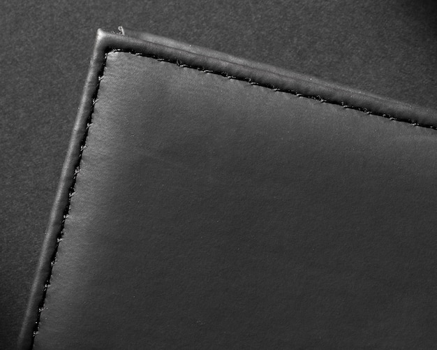 Skórzany czarny portfel wysokiej jakości z bliska