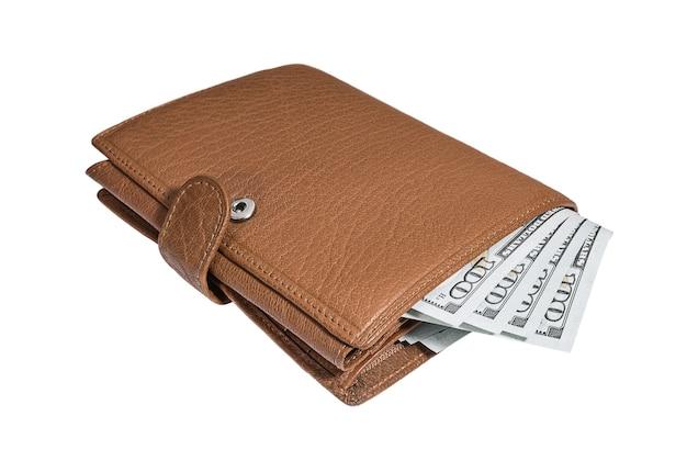 Skórzany portfel z banknotami studolarowymi