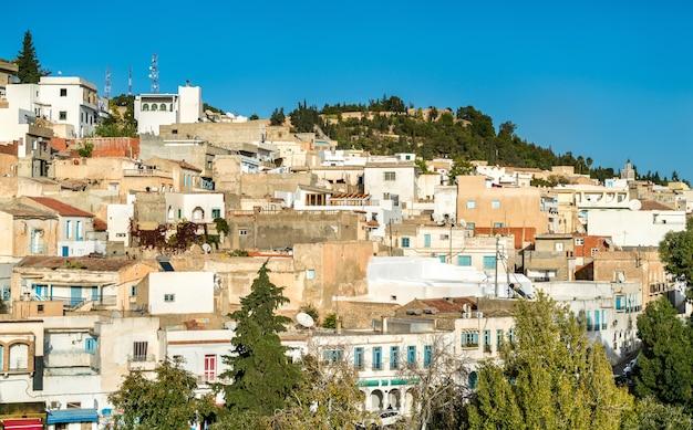 Skyline el kef, miasto w północno-zachodniej tunezji. afryka północna