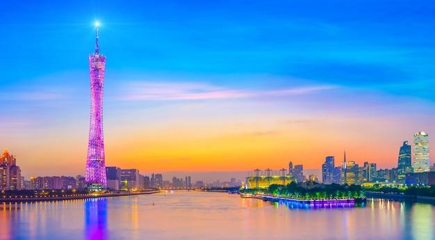 Skyline podróży daytime krajobraz miasta