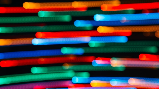 Ślady kolorowych plamek światła