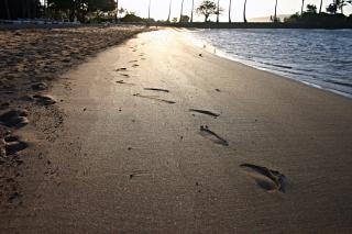 Ślady na piasku, po