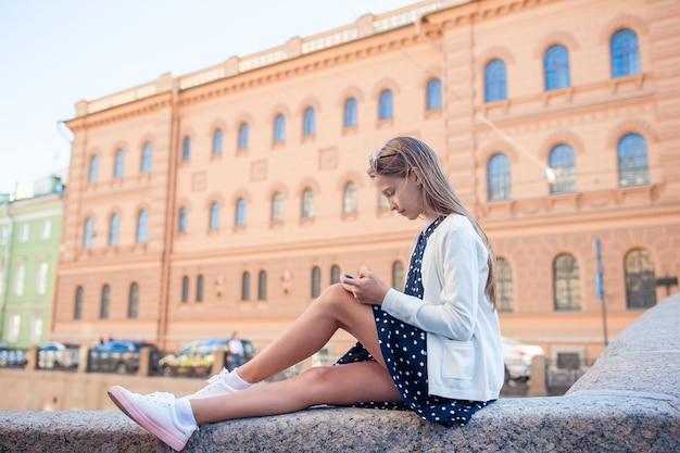 Śliczna dziewczyna w świętym petersburg w rosja
