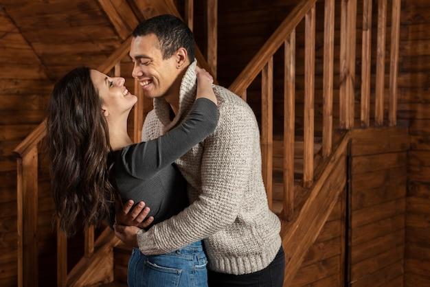 Śliczna para wpólnie w miłości