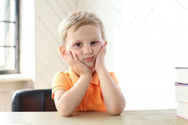 Słodki chłopiec