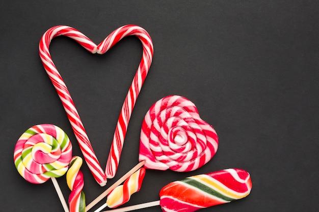 Słodki cukierek laski i lizaki