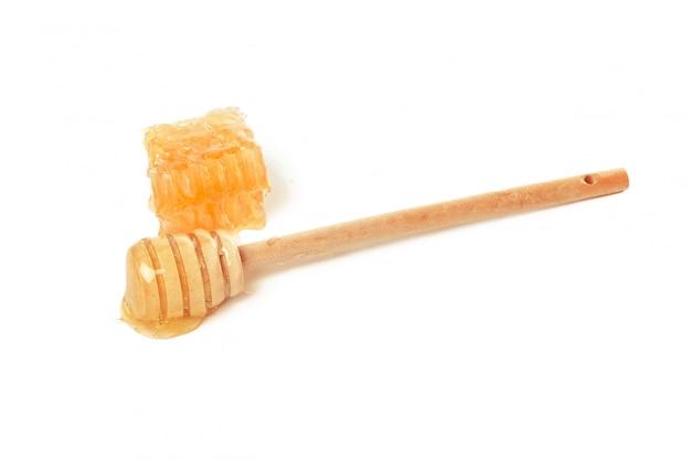 Słodki honeycomb odizolowywający na bielu