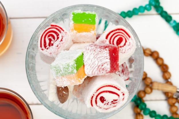 Słodki smakowity arabski deser w misce