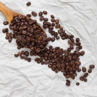 Słodkie aromatyczne ziarna kawy