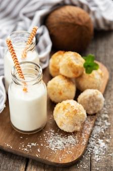 Słodkie ciasteczka kokosowe