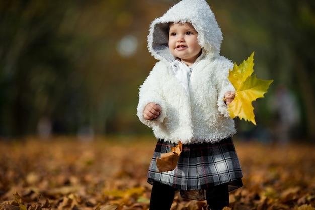 Słodkie dziecko jesień młody niemowlę