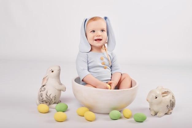 Słodkie dziecko w skład wielkanocny