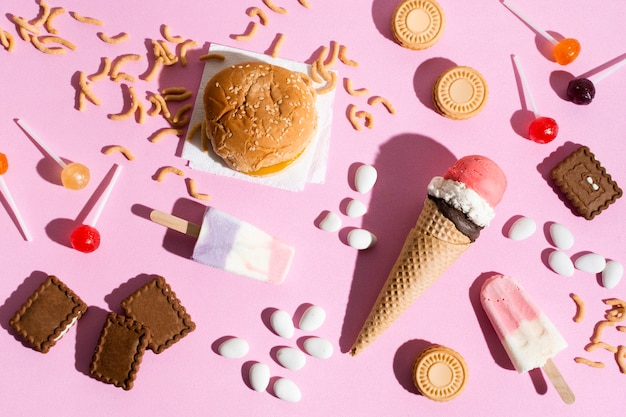 Słodycze i burger na płasko
