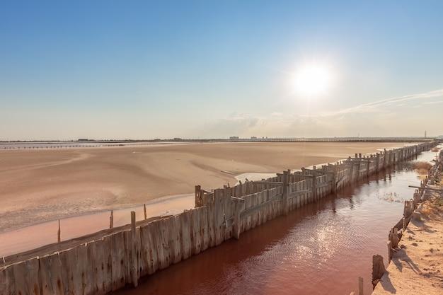 Słone różowe jezioro sasyk sivash krym