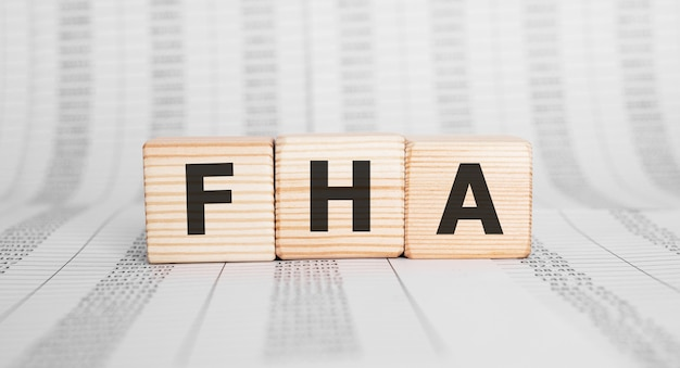 Słowo fha wykonane z bloków drewnianych, koncepcja biznesowa.