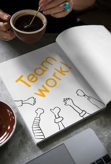 Słowo praca zespołowa na książkę