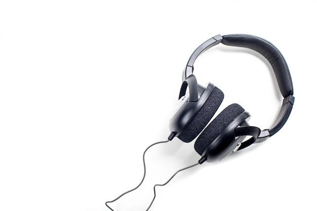 Słuchawki. pojedynczo na białym