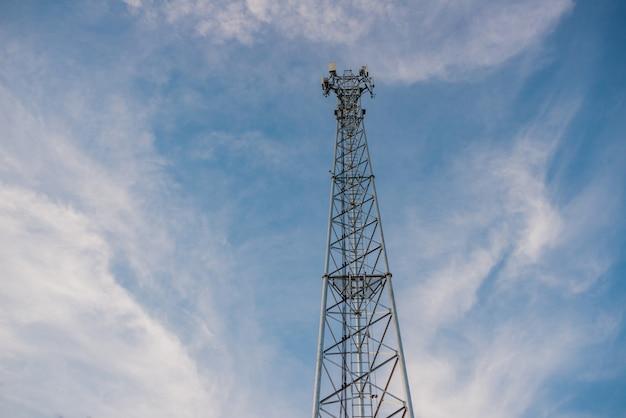Słup telekomunikacyjny