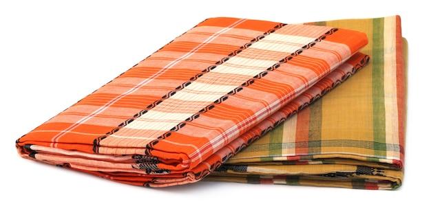 Słynna bawełna sari z dhaki na białym tle