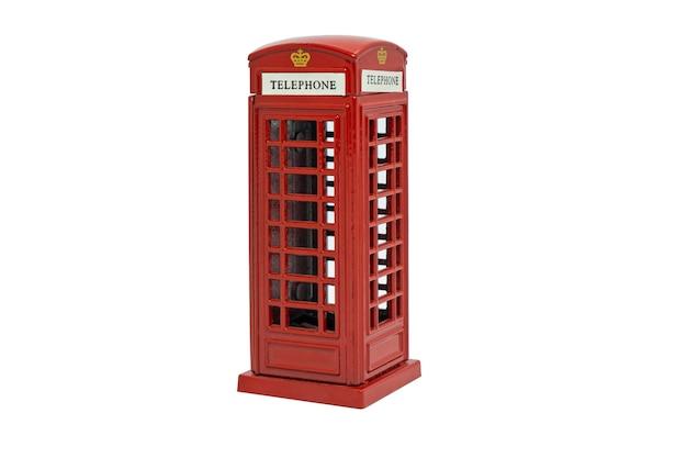 Słynna czerwona budka telefoniczna londyn na białym tle