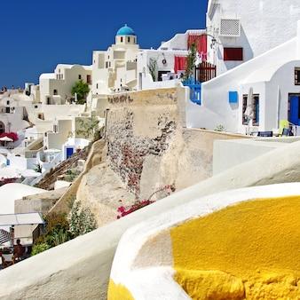 Słynna santorini - najpiękniejsza wyspa w europie, wioska oia. grecja