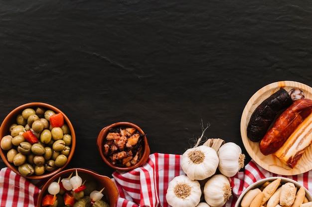 Smaczne składniki na serwetce