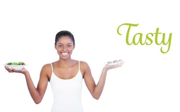 Smacznie przeciwko szczęśliwej kobiecie, która decyduje się jeść zdrowo lub nie