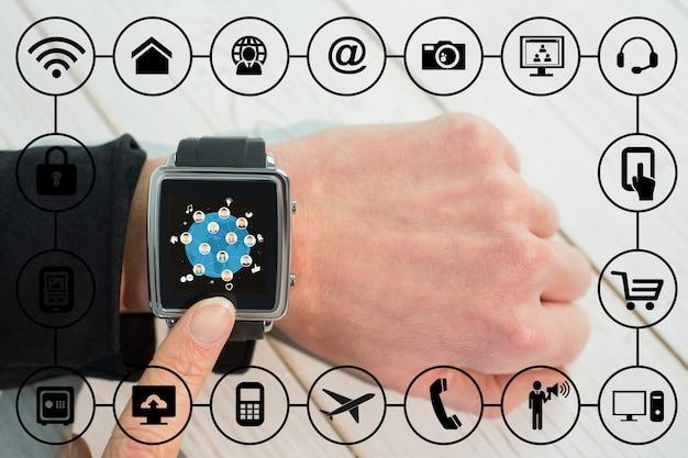 Smartwatch z wieloma aplikacjami