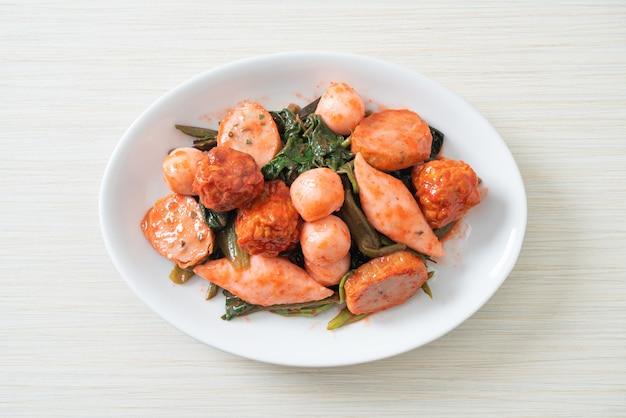 Smażone kulki rybne z sosem yentafo - po azjatycką kuchnię