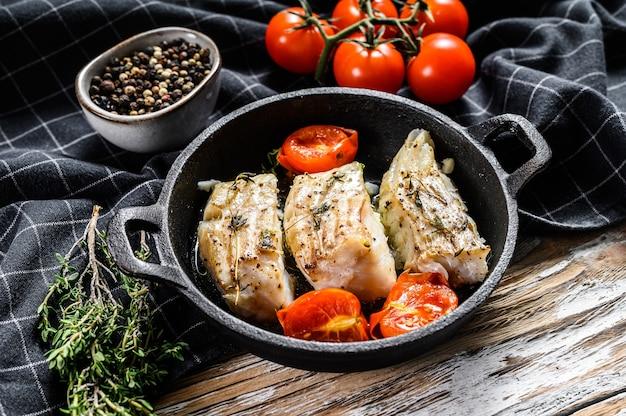 Smażony filet rybny z przyprawami