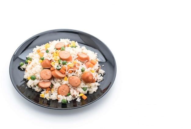 Smażony ryż z kiełbasą