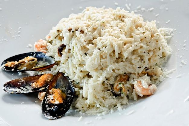 Smażony ryż z owocami morza?