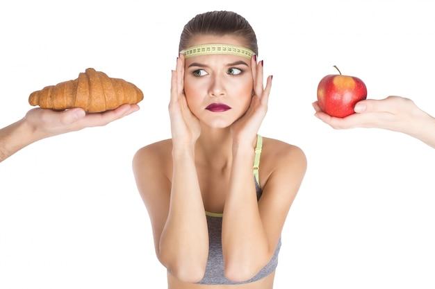 Śmieci w domu mody myślenie owoce