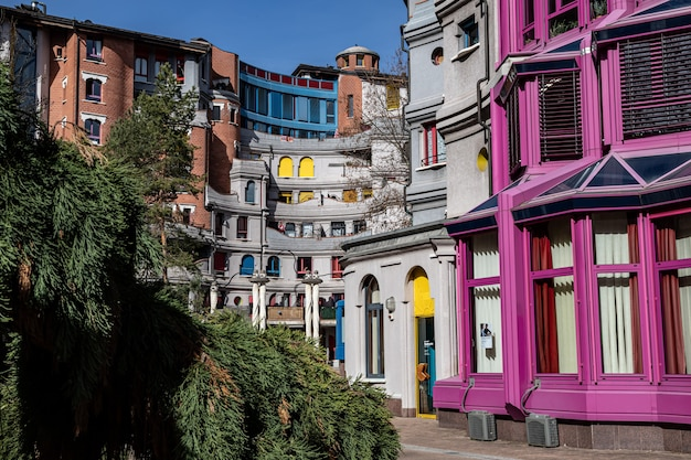 Smurfs house, geneva architecture, szwajcaria