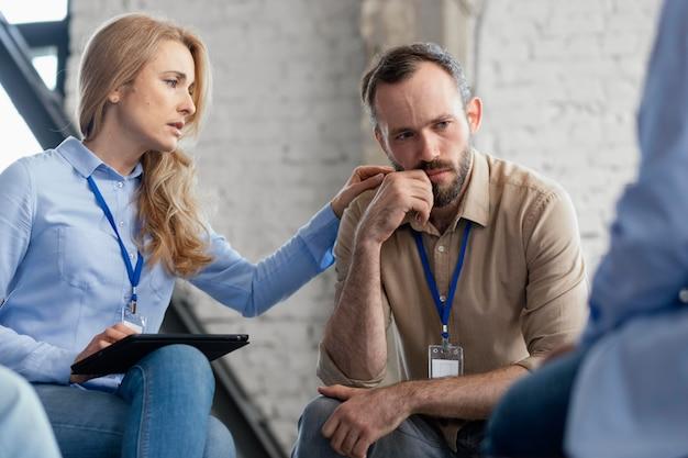 Smutni ludzie w terapii z bliska