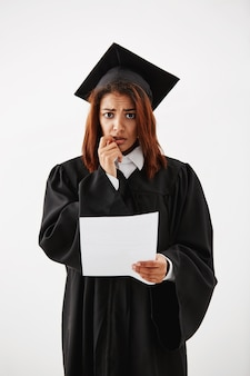 Smutny niezadowolony afrykański test absolwentka.