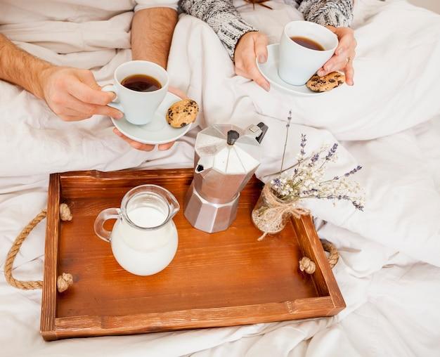 Śniadanie w łóżku