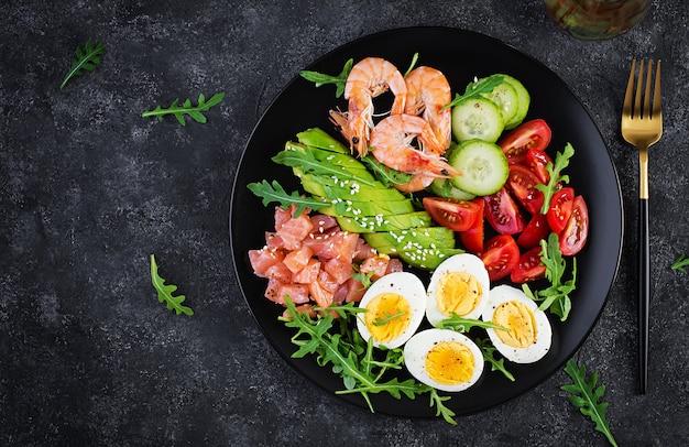 Śniadanie z dietą ketogeniczną