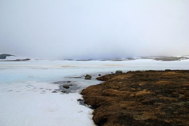 Śnieg lodowiec w górach, norwegia