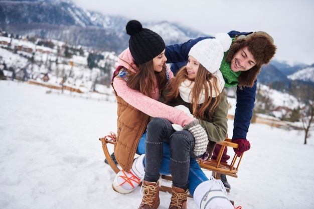 Śnieżna zabawa w górach