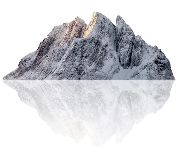 Snowy szczyt góry segla ilustracja w zimie. na białym tle