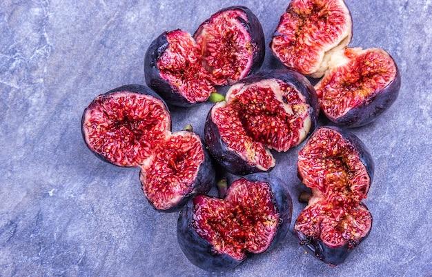 Soczyste tropikalne owoce figowe