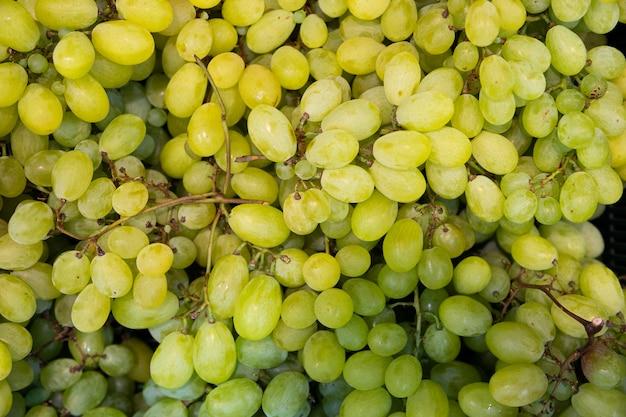Soczyste zielone winogrona