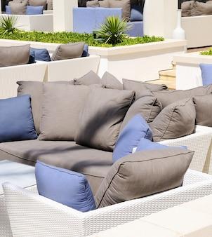 Sofa na plaży