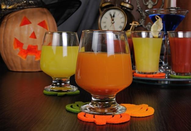 Sok z dyni i pomarańczy na halloween