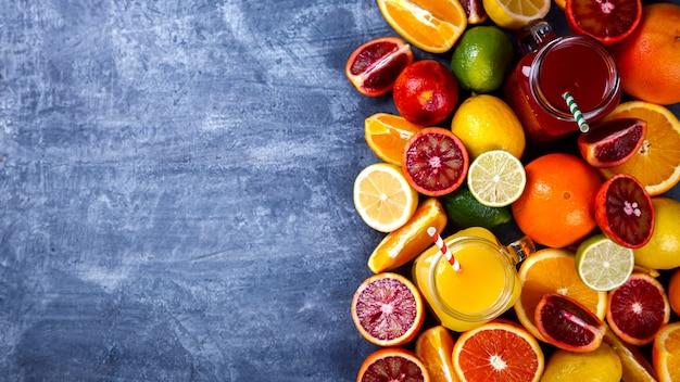 Soki świeża pomarańcza i cytrusy. zdrowy napój.