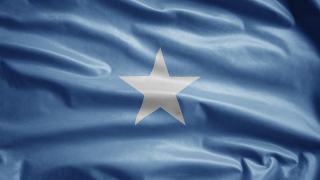 Somalijska flaga powiewająca na wietrze. zamknij się z somalii szablon dmuchanie, miękki i gładki jedwab.