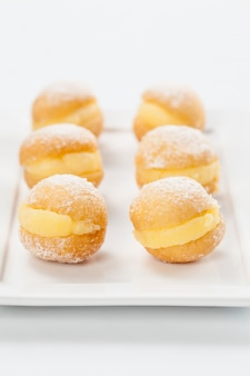 Sonho, tradycyjne ciasto wyrabiane w brazylijskich piekarniach.
