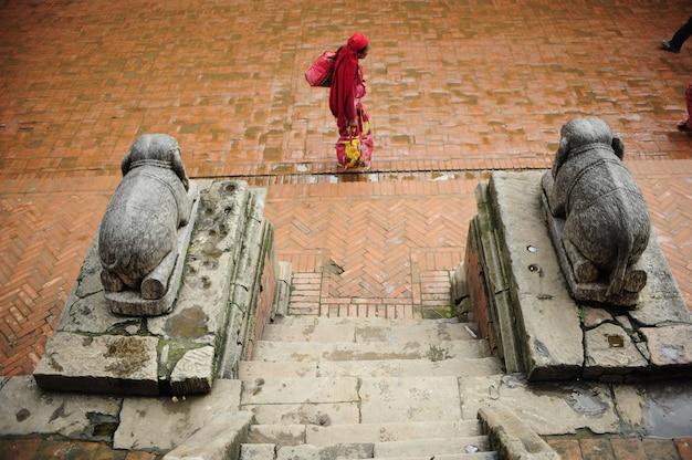 Spacer po bhaktapur w nepalu