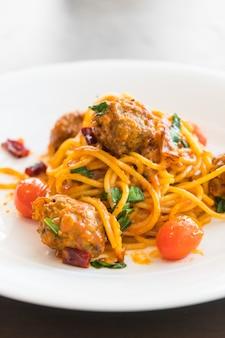Spaghetti klopsiki
